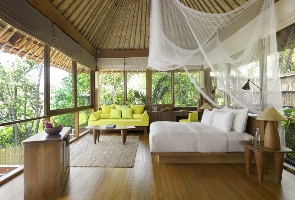975x660_villa-interior-300x185